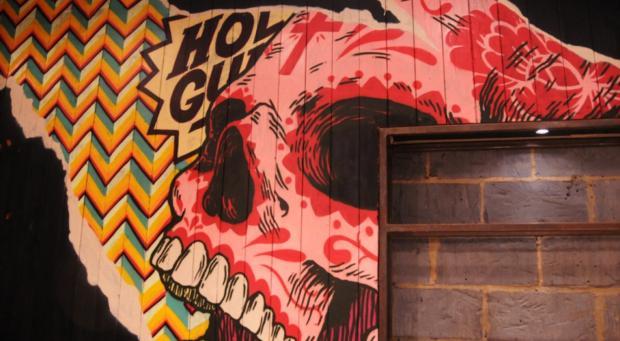 Chiango London Wall